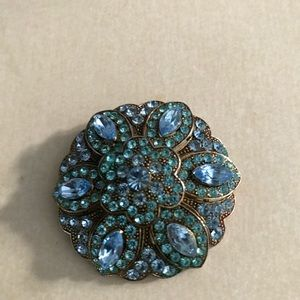 vintage blue stone & gold tone brooch